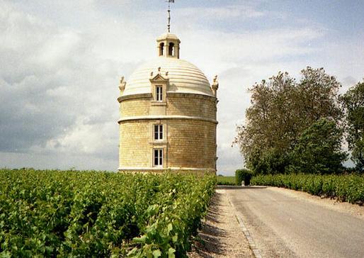 法国葡萄酒酒庄分级_法国波尔多五大著名酒庄 - YHJ9要红酒网
