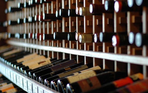 三月份中国精品葡萄酒和烈酒交易量上升