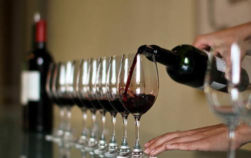 尼尔·马丁重评2010年份波尔多葡萄酒