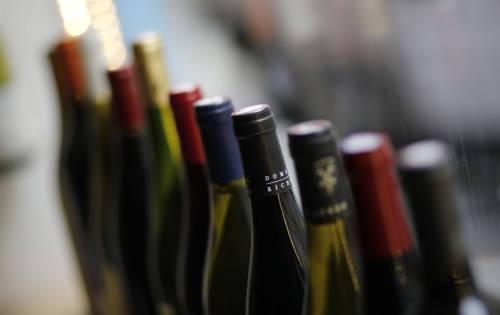 葡萄酒关税暂停